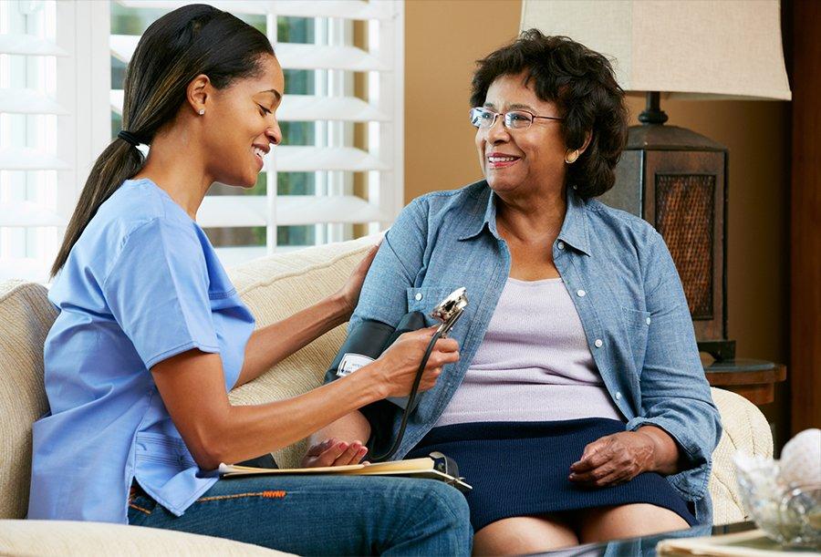 Advantages of Using a Caregiver Referral Service