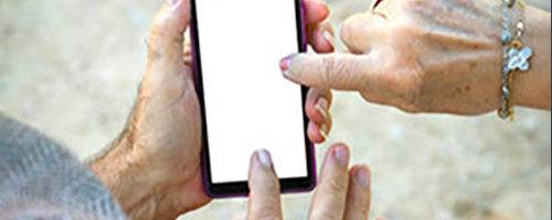 Helping Seniors Find and Choose the Best Cell Phone Service